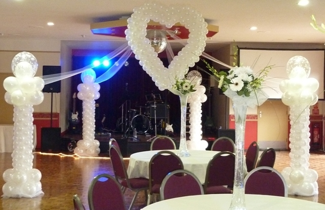 Wedding Balloons in Kent for Weddings by professional balloon suppliers and decorators